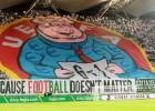 """""""Legia"""" par UEFA apvainojošo plakātu jāšķiras no 80 tūkstošiem eiro"""