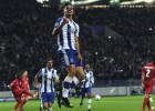 """""""Porto"""" ar 5:0 sasit Lesteru, dāņi ar tikai vienu zaudējumu paliek aiz borta"""