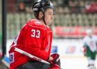 """Novokuzņecka zaudē bullīšos un nespēj nostumt Rīgas """"Dinamo"""" uz pēdējo vietu"""