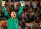 """Ščensnijs kļūs par Bufona dublieri, """"Juventus"""" atsakās no 25 miljonu vērta čeha iegādes"""