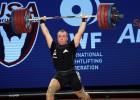 Video: Plēsniekam Anaheimā pietrūkst divu kilogramu līdz pasaules čempionāta zeltam