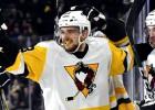 """Oficiāli: Bļugers noslēdz līgumu uz nākamo sezonu ar Pitsburgas """"Penguins"""""""