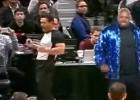 """Video: """"Shaqtin' A Fool"""" topā iekļūst arī tiesnesis"""