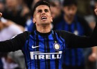 """""""Juventus"""" par 40 miljoniem iegādājas Kanselu, """"Arsenal"""" pirks Papastatopulosu"""