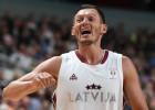 Latvija pēc uzvaras Slovēnijā paceļas uz 15. vietu FIBA rangā