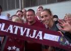 Video: Fani grandiozi sagaida un atvadās no izlases
