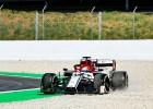 """Botass ātrākais testos, """"Alfa Romeo"""" pilotam smaga avārija"""