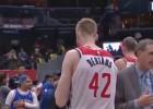 """Video: Bertānam deviņi punkti """"Wizards"""" pirmajā pārbaudē pirms jaunās sezonas"""