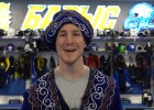 """Video: Kanādietis Dics dzied kazahu valodā un vieno """"Barys"""" līdzjutējus"""
