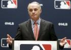 """MLB komisārs: """"Pilnīgi droši - mēs aizvadīsim šo sezonu"""""""