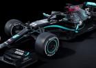 """Čempione """"Mercedes"""" maina formulas krāsojumu, lai cīnītos pret diskrimināciju"""