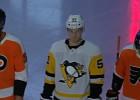 """Video: Bļugera """"Penguins"""" piedalās savdabīgā akcijā; vienubrīd piecu vietā spēlē pat 10"""