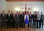 Foto: Latvijas hokeja izlase viesojas Saeimas namā