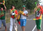 Video: Lietuvas fani Rīgā sarīko basketbola svētkus