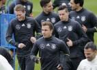 """Vācija saņems 70 miljonus gadā par """"adidas"""" formu valkāšanu"""