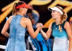 """Šarapova beidzot """"Grand Slam"""" turnīrā uzvar Vozņacki"""