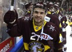 Kas ir Deniss Smirnovs un kāpēc viņš gaida hokeja pavasari?