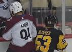 Video: Bļugers iekļūst NHL jocīgāko momentu apkopojumā