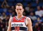 """Video: """"Wizards"""" latvieši cīnās aktīvi, sarūpē 12 un 10 punktus"""