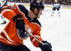 "Edmontonas ""Oilers"" hokejists Keivs pēc insulta atrodas komā"