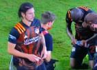 Video: Šokējoša epizode futbola mačā