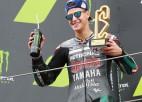 """Pēc Doviciozo un Rosi kritieniem """"MotoGP"""" posmā uzvar Kvartararo"""