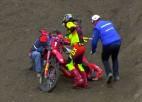Video: MXGP braucējam bīstamā sadursmē kāja iesprūst kokurenta ritenī