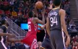 Video: NBA jocīgākie momenti: Hārdenam pārbauda bikses