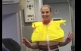 Video: Brazīlijas fani plosās instruktāžas laikā pirms lidojuma