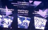 Video: Martins Dukurs efektīgi apsveic Graudiņu un Kravčenoku