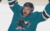 """Video: """"Sharks"""" vienā skaitliskajā vairākumā iemet četras ripas un tiek tālāk"""
