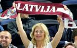 """Latvijas izlases fane: """"Mēs jebkuru Eiropas pilsētu varam nokrāsot sarkanbaltsarkanu"""""""