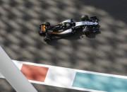 Rosbergs pārspēj Hamiltonu otrajā treniņā, seko Peress