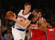 """Porziņģis samet 20 un labo Jūinga rekordu, """"Knicks"""" atkal zaudē"""