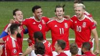 Velsas komanda vētraini svin Anglijas izslēgšanu