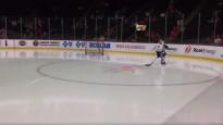 Debitants savā pirmajā NHL spēlē laukumā tiek atstāts pilnīgi viens