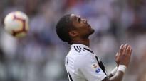"""""""Juventus"""" sodīs spļāvēju Kostu, Alegri sašutis par individuālistiem"""