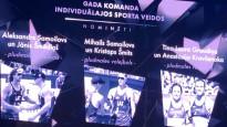 Martins Dukurs efektīgi apsveic Graudiņu un Kravčenoku