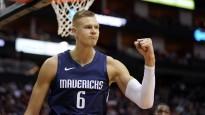 Porziņģis efektīgi triumfē NBA topā, pateicoties caurgājienam un dankam