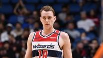 """""""Wizards"""" latvieši cīnās aktīvi, sarūpē 12 un 10 punktus"""