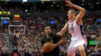 Pasečņiks netiek galā ar 23 cm īsāko un iekļūst NBA dienas momentos