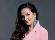 Video: Dziedātāja MELITA izdod jaunu singlu «Tikai uz brīdi»
