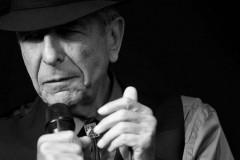 Video: Miris leģendārais dziedātājs Leonards Koens