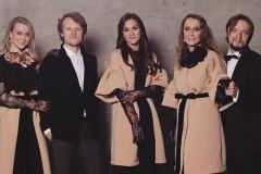 """Video: Rēzija Kalniņa kopā ar """"The Sound Poets"""" gatavo Ziemassvētku albumu"""