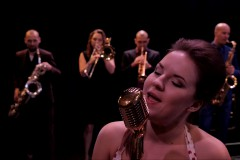 "Video: Grupa ""Very Cool People"" un Kristīne Prauliņa piedāvā singlu ""We Should Dance"""