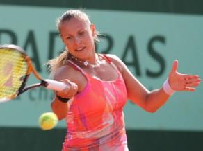 """Dekmeijere iepriecina Latviju un iekļūst """"French Open'' 2. kārtā"""