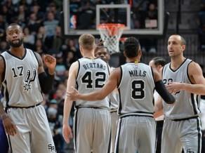 """""""Spurs"""" uzņems Milvoki: kāds būs Bertāna turpinājums 21 punkta mačam?"""