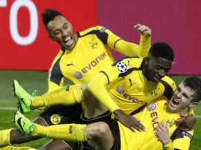 "Bombardieris Obamejangs un ""Borussia"" ar 4:0 sakauj ""Benfica"""