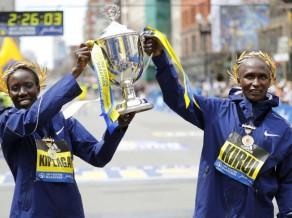 Bostonas maratonā triumfē Kenijas skrējēji, Prokopčuka nepiedalās
