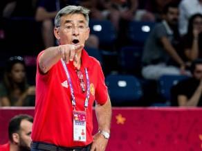Latvijai zaudējušās Melnkalnes treneris beidz karjeru